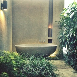 Bathtub bliss at Aria Villas, Ubud.